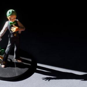 Figurine de rachid de Pokemon avec Feuillajou